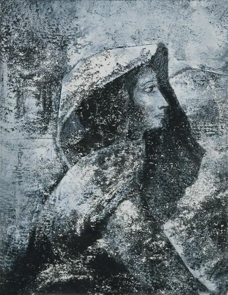 Mujer con capucha