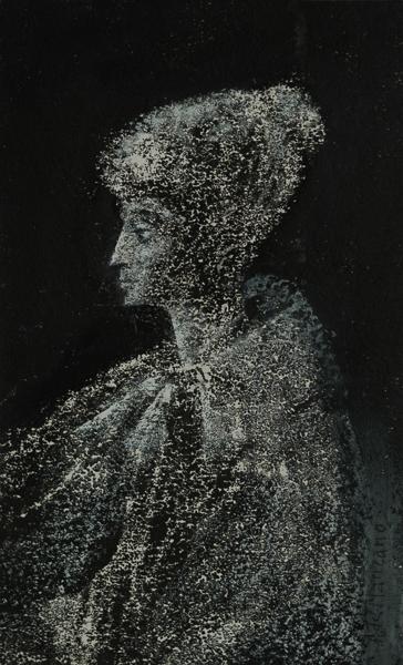 Mujer con capa